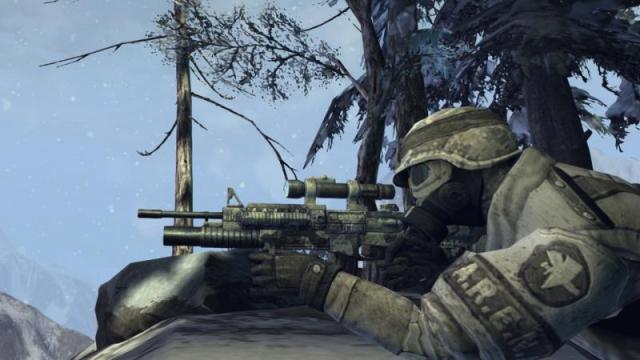 Commando, con fucile di precisione